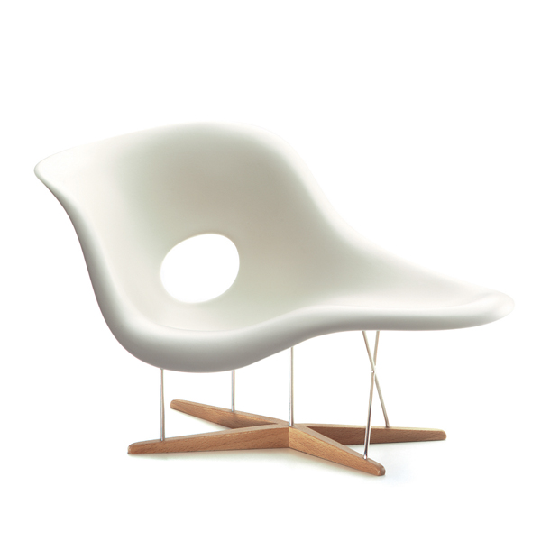 eames chaise design charles & ray eames, 1948 vitra miniatures collection