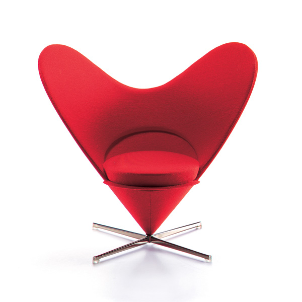 heart cone chair verner panton, 1958 vitra miniatures collection