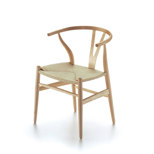 y chair hans wegner, 1960 vitra miniatures collection