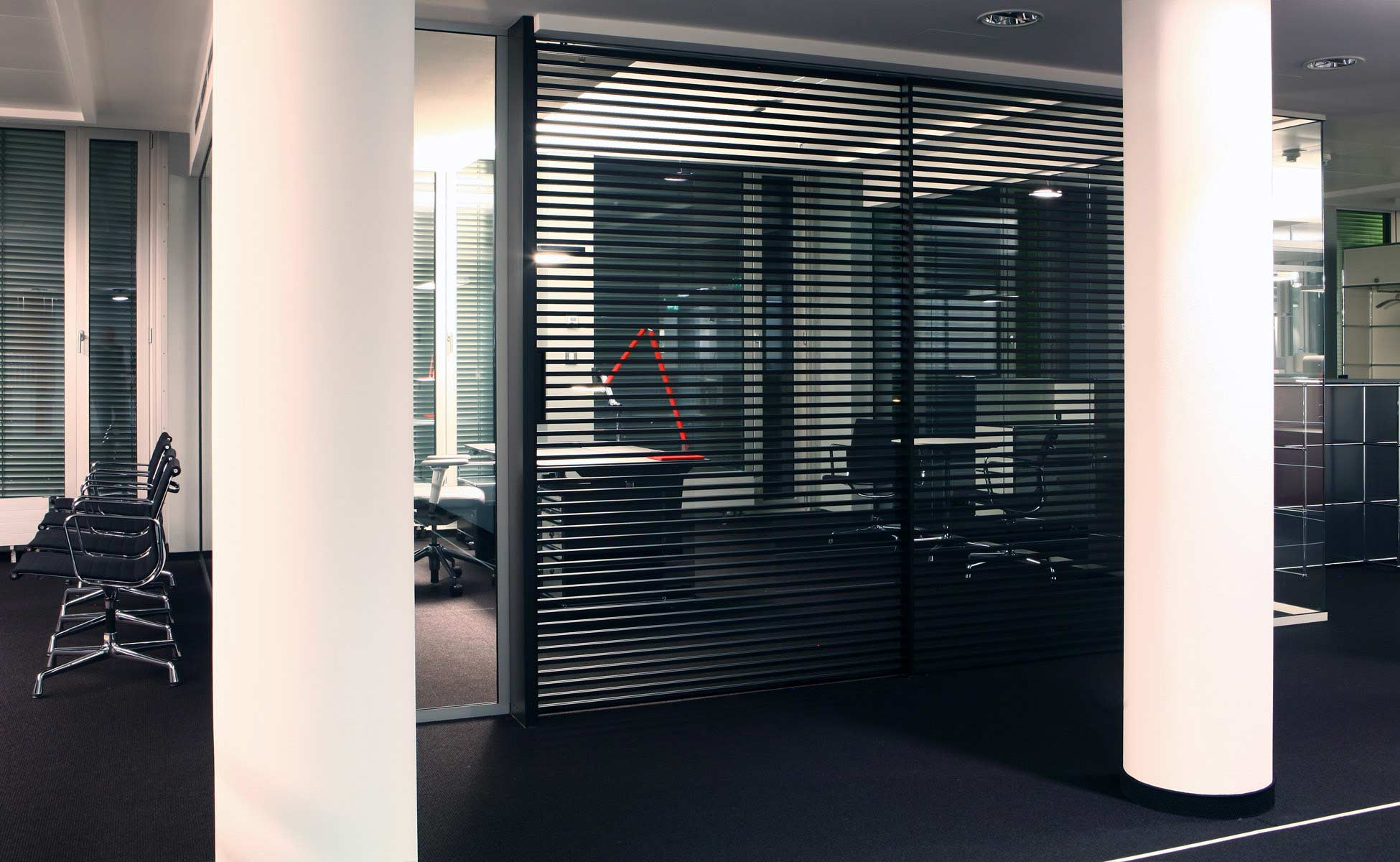 05 rimadesio stripe schiebetüren - büro- und objekteinrichtung von steidten+ berlin
