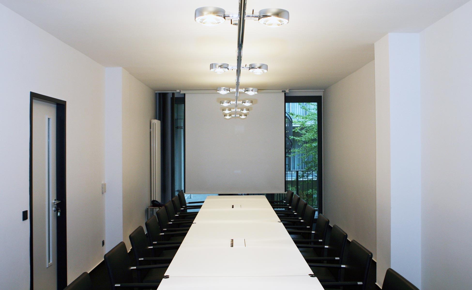 Büroeinrichtung - Occhio Systema + USM Haller Konferenztisch von steidten+ Berlin