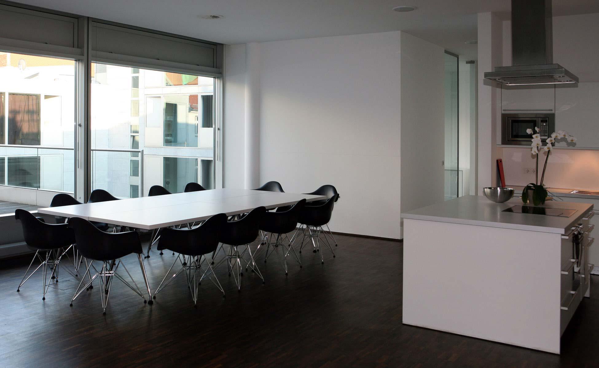 Office Interior Vitra Cafeteria Einrichtung bei steidten+ Berlin