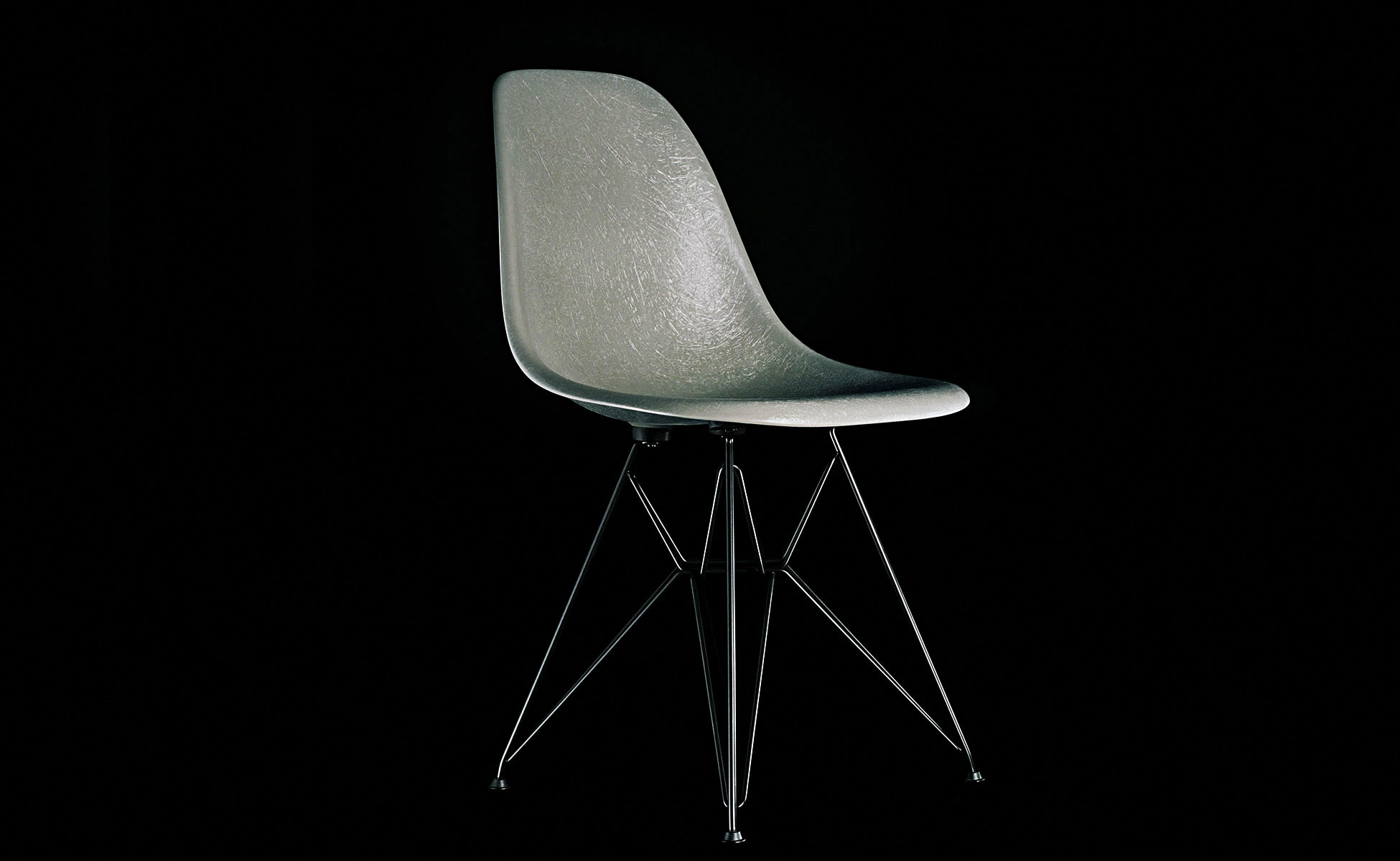 vitra eames fiberglass chair berlin steidten+ elephant hide grey