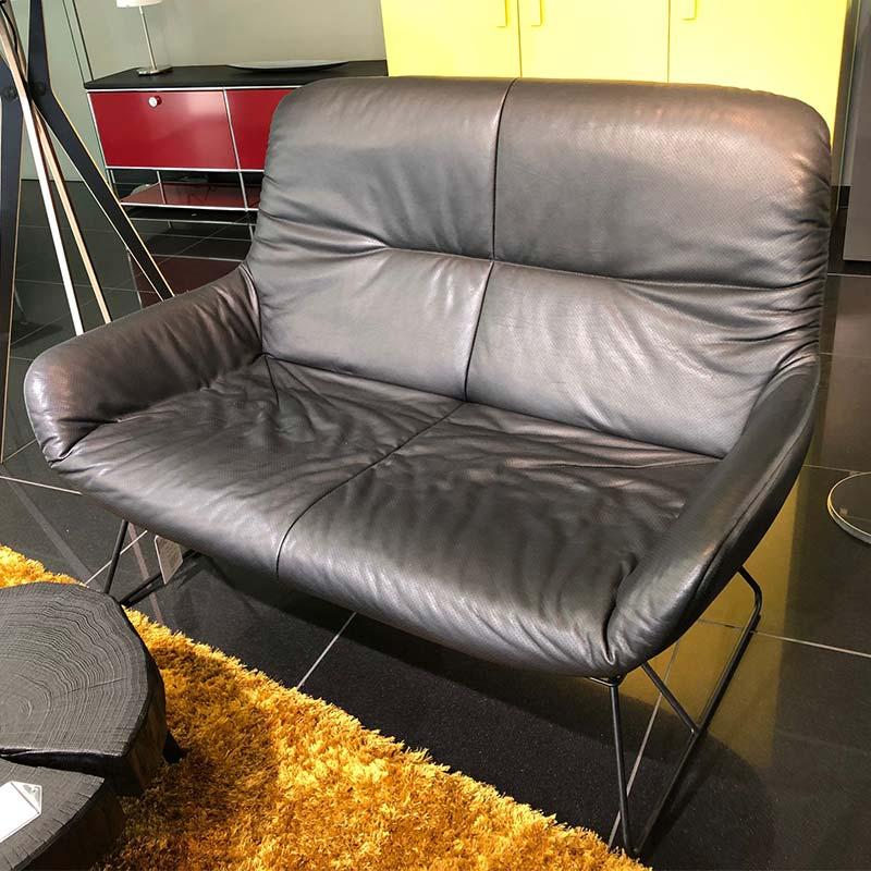 Sale-Freifrau-Leya-Lounge-Couch