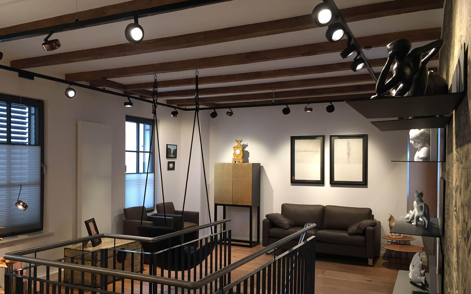 Occhio Beleuchtung an Erco Stromschiene - Interiordesign steidten+ Berlin
