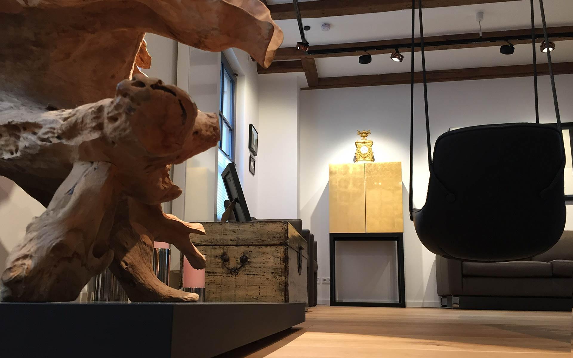 Freifrau Leya Swing Seat + Occhio Beleuchtung - Interiordesign steidten+ Berlin