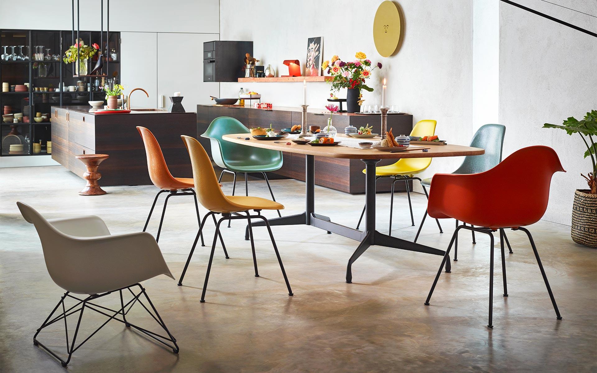 Vitra Eames Fiberglass Chair Angebot 6+1