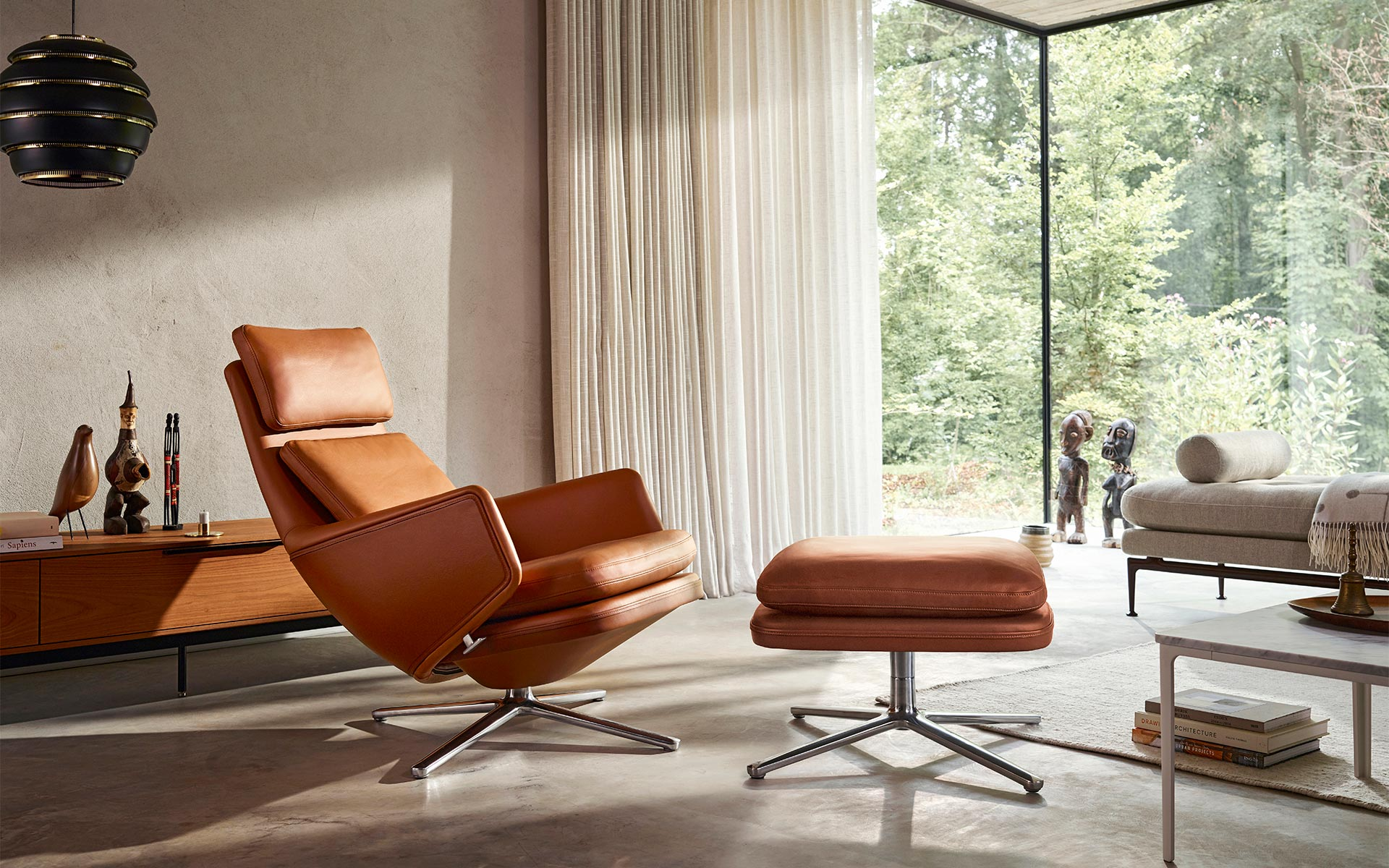 Vitra Grand Relax with Ottoman Suita Daybed Eames house Bird Wooden dolls Plate Table marmor
